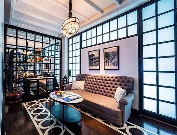 The-Siam.-Siam-Suite-Living-area-1-1