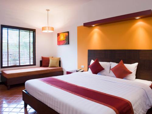 All Seasons Nai Harn Beach Resort Phuket