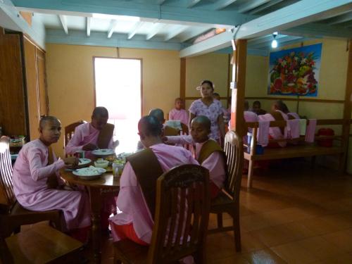 Diner au couvent