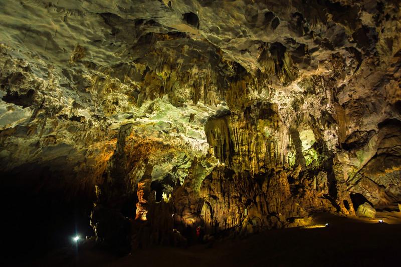 Easia_Travel_Quang_Binh_-_Phong_Nha_cave_Quang_Binh_Phong_Nha_cave-800px