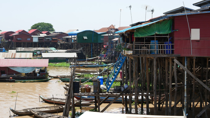 Easia_Travel_Siem_Reap_-_Spend_the_night_in_a_fishermen_s_stilt_house_in_Kampong_Kleang_Easia-Travel---Cambodia---Siem-Reap---Spend-the-night-in-a-fishermen-stilt-house-in-Kampong-Khleang-5-1000px