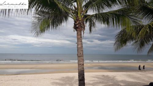 Laksasubha  plage