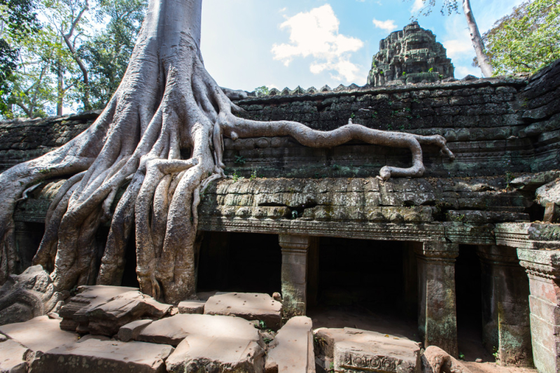 Easia_Travel_Siem_Reap_-_Angkor_Complex_-_Angkor_Thom_to_Srah_Srang_by_bicycle_Easia-Travel---CAMBODIA---SIEM-REAP---CAM0031---Angkor-Thom-to-Srah-Srang-by-bicycle---HiRes-2-1000px